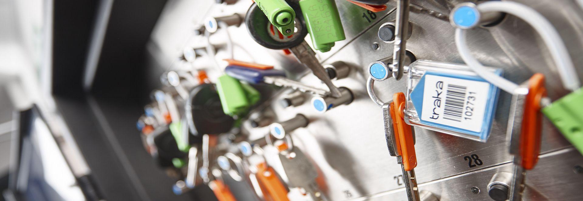 sistema de control de llaves con diferentes sellos de seguridad,