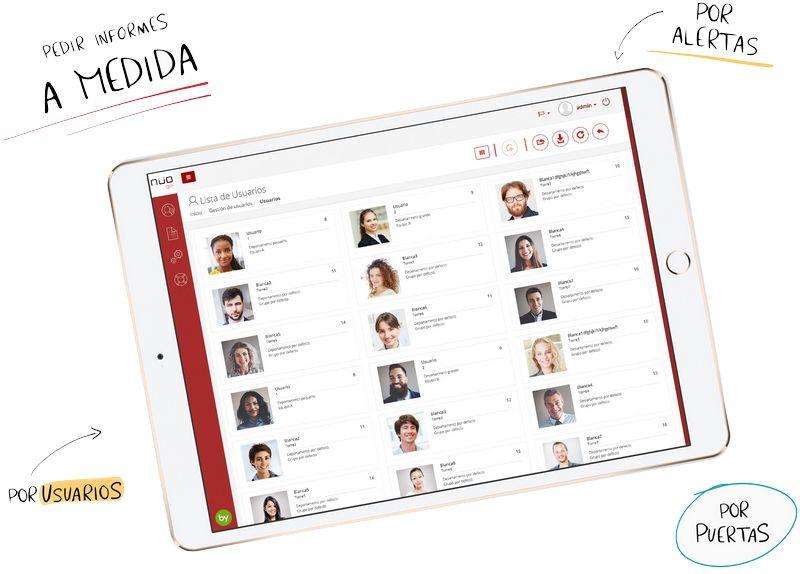 Imagen de una tablet que en la pantalla muestra la gestión de los usuarios del software del sistema de control de acceso NÜO Go!